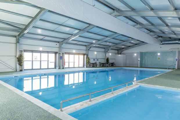 Harts Holiday Park Pool