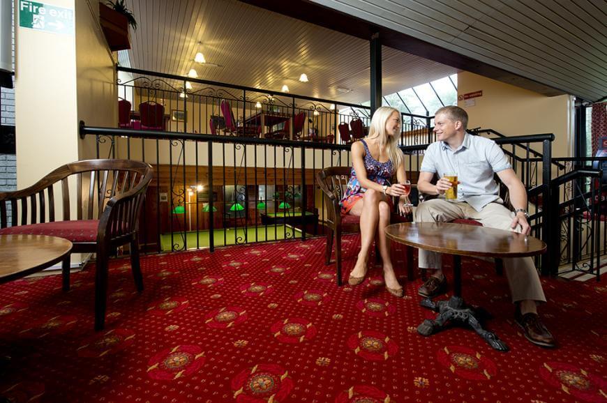 Tolroy Manor Holiday Park Bar