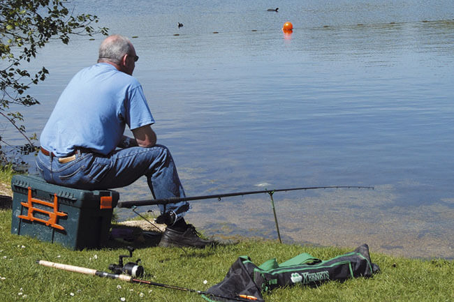 Fishing at Hoburne Cotswold - Hoburne Cotswold Holiday Park
