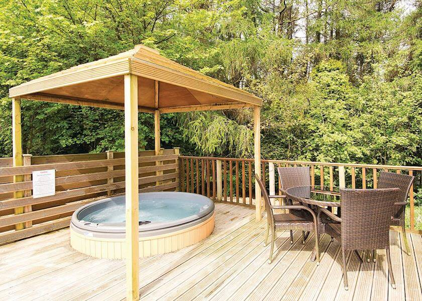 Longnor Wood Hottub