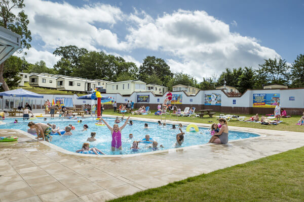goldensands-devon-pool